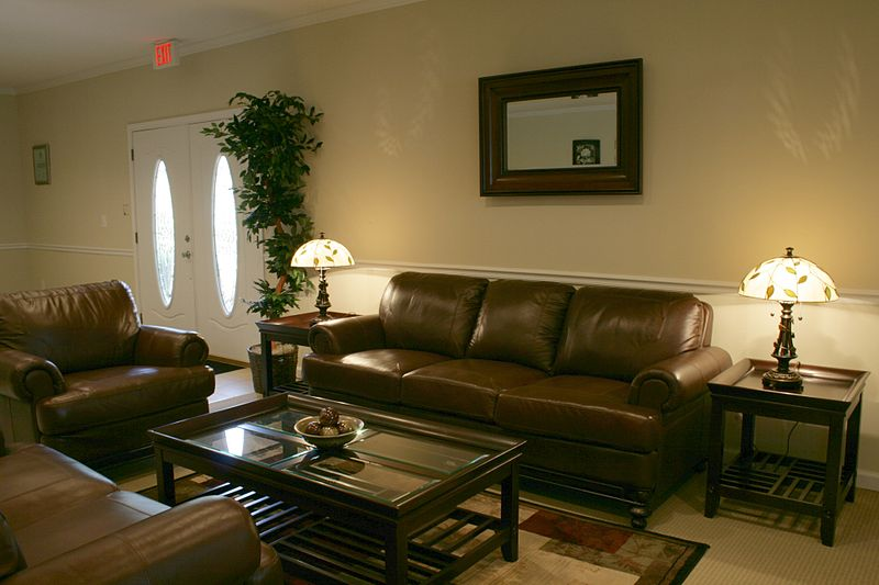 How to Find Professional Furnishings For Your Business Without Breaking The Bank